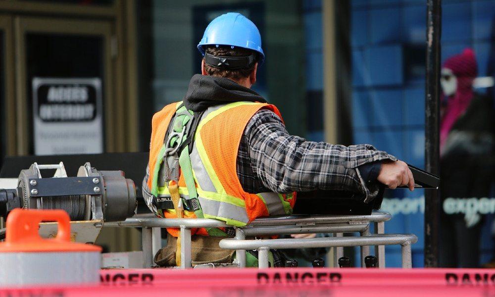 Seguridad industrial, ¿cómo se protegen las empresas con el seguro?
