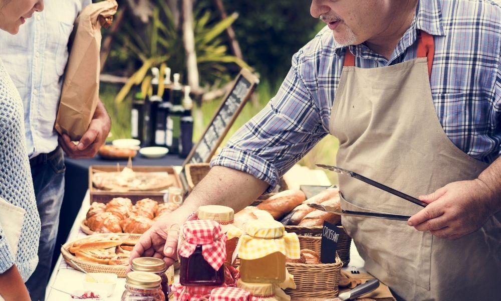 Motivos para apoyar el comercio local: un objetivo de Caja Rural de Asturias